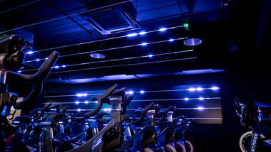 Cycle studio lighting